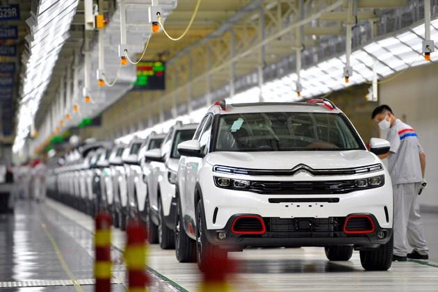 探访雪铁龙天逸诞生地 参观神龙汽车成都工厂