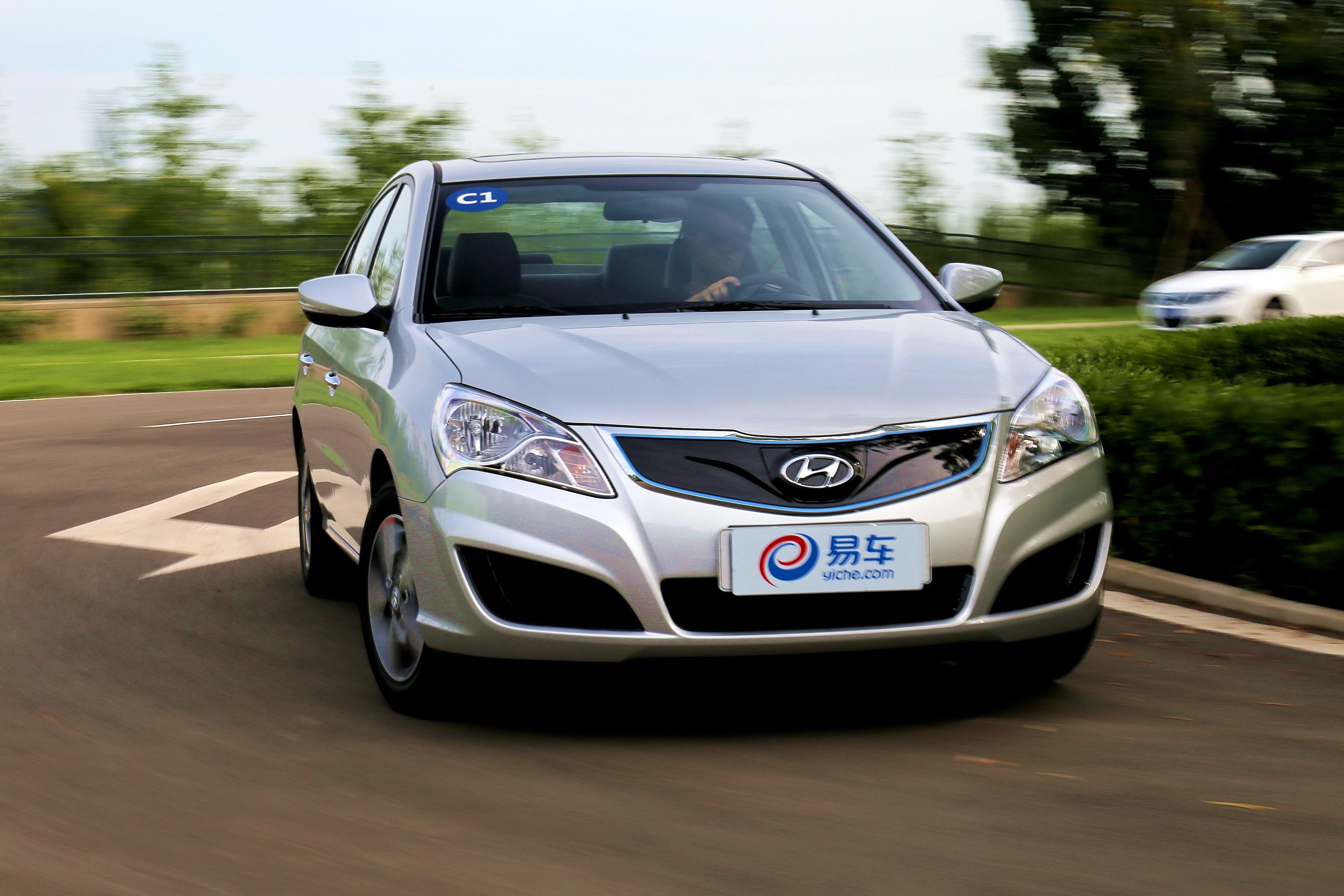 合资首款纯电动轿车终于来了! 它与国产对手们相比怎么样?