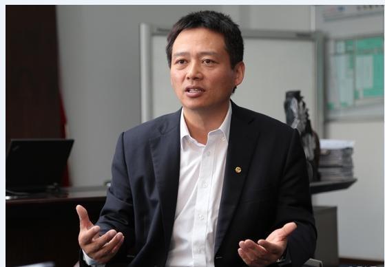 李春荣正式出任宝腾CEO 李书福曾亲自上门挖人