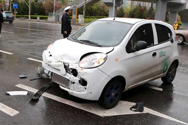 开共享汽车发生交通事故 保险不能全赔
