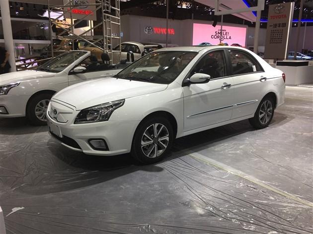 华骐300E纯电动车型亮相 预计2017年9月上市