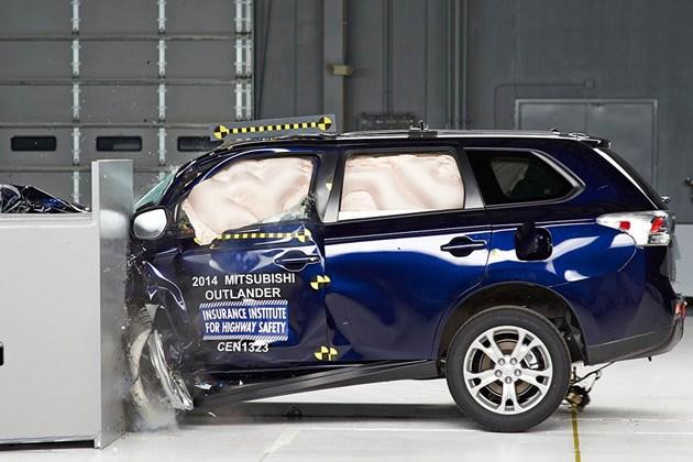 安全与性能兼顾 广汽三菱欧蓝德车身/底盘图解