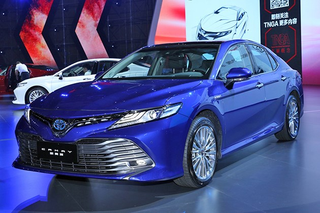 国产全新丰田凯美瑞亮相 4种车型/2017广州车展首发