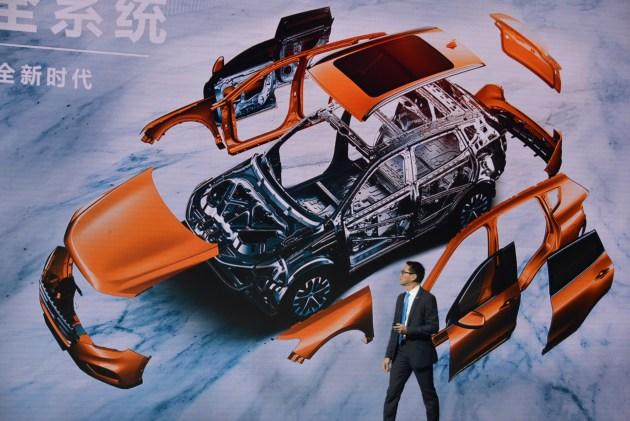 哈弗H6接受中国品牌SUV首次最严翻滚试验
