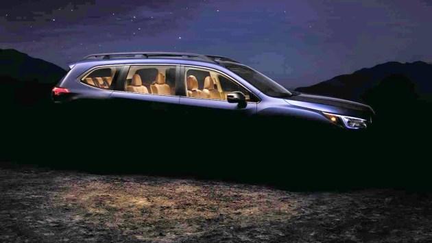 斯巴鲁Ascent量产版的整体设计与此前发布的概念车风格接近,其前后翼子板高高隆起,与车门上方的高腰线连为一体,力量感十足。整体看来,新车的部分细节和设计都借鉴了森林人的设计思路。