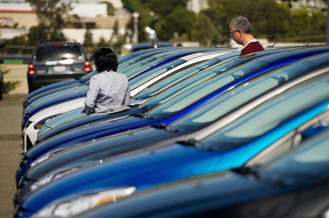 1月乘用车销量同比下滑4% 但任务或许没那么糟 |汽车产经