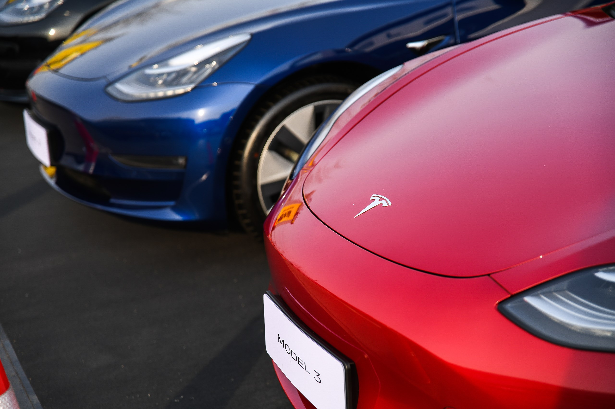 终究来了 特斯拉Model 3首批车辆在华交付