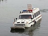 杭州特警装备首辆水陆两用警车