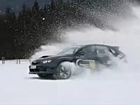 2011款斯巴鲁翼豹上演精彩雪地漂移