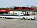 世界上最长的轿车 26个轮子超过30米