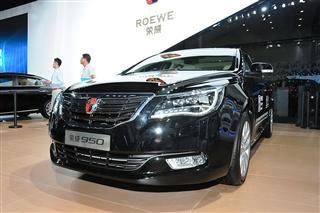 2014广州车展 荣威950 2.0T实拍图解