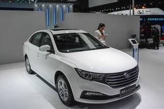 2015上海车展 一汽奔腾A-CLASS图解