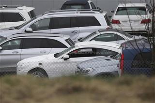 全新奔驰C级Coupe谍照曝光 或于9月发布