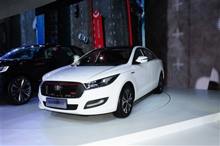 奔腾全新B50亮相北京车展 将于8月份上市