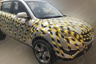 猎豹CS9测试车曝光 定位小型SUV明年上市
