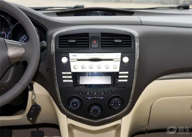 海马 普力马 2014款 1.6L 手动开拓版 7座高清图片