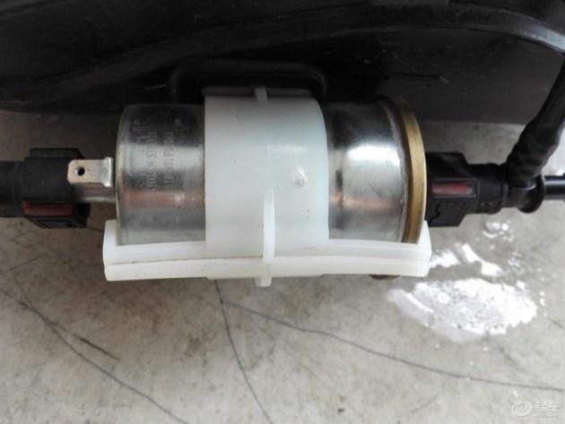 长安车油泵电路图