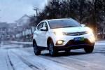 东南DX3 EV纯电动挑战极限测试 顺利通过40项指标