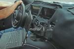 奔驰GLS内饰谍照曝光 采用大尺寸中控屏/液晶仪表盘设计