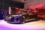 2018洛杉矶车展:奥迪e-tron GT 概念车亮相 四门轿跑设计