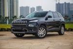 国产Jeep自由光低配推2.0L前驱车型