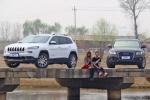 新婚小两口选车记 Jeep自由光or奥迪Q5