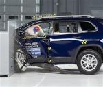 美国IIHS最新碰撞解析 车身结构需加强