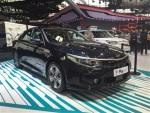 起亚K5混动版亮相国内 2.0L发动机+电机