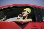 大众汽车够实用吗 手机/墨镜存储空间实测