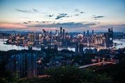 都市丛林历险记:柯米克盛夏挑战重庆