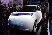 2018北京车展:长城新能源欧拉R2发布 造型简洁科幻
