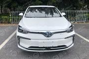 2018广州车展探馆:北汽新能源EU5 R500亮相 工况续航416km