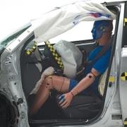 副驾驶25%偏置碰撞现已加入IIHS测试套餐
