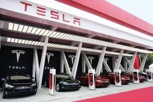 特斯拉:充电站非停车场 占位每分钟2.6元