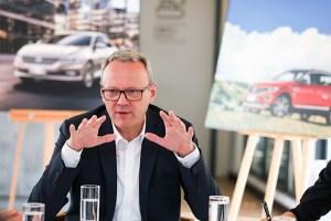 大众冯思翰:用强大的产品攻势平衡车市的不利因素|汽车产经