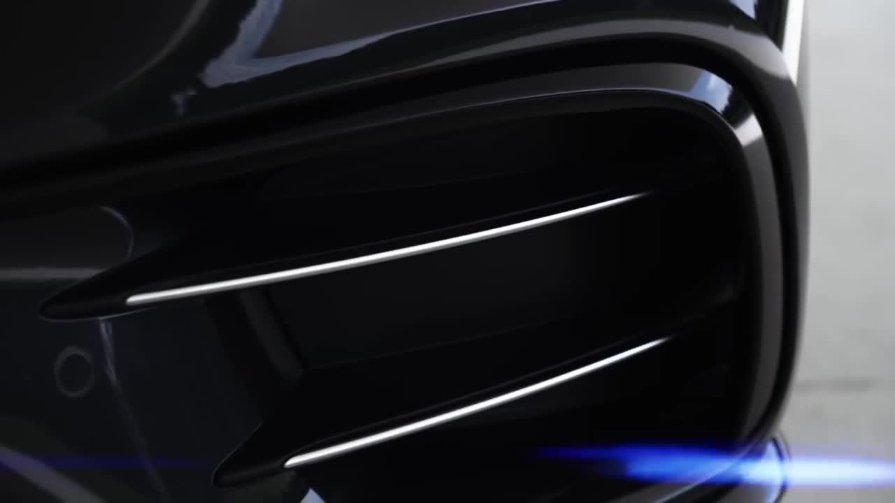 奔驰 AMG CLS 53 4MATIC+预告视频