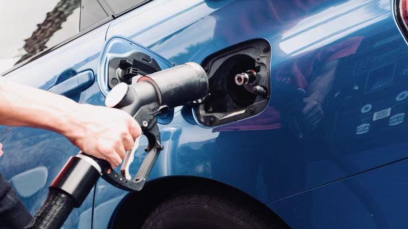 汽车Let's Go:如何在美国给车加汽油