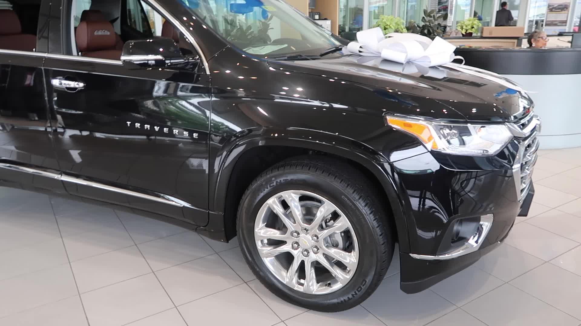 美国实拍雪佛兰最大的SUV,雪佛兰探际者