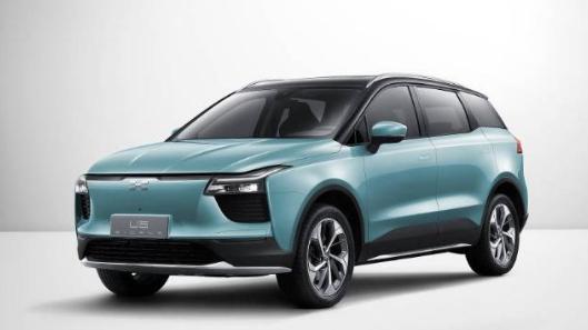 没有新能源汽车生产资质也阻挡不了爱驰U5首秀