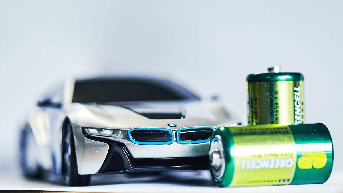 新能源车寿命只有6年?换一次电池比换车还贵