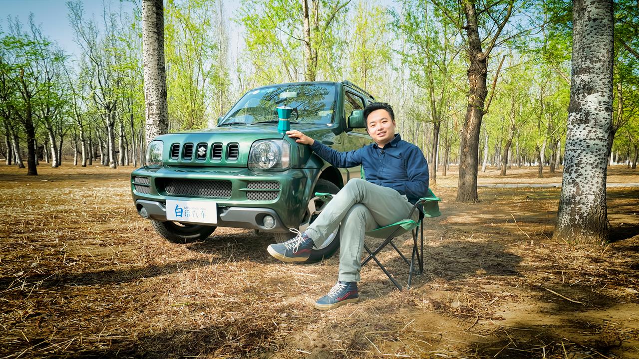 白话汽车:20年不换代的硬派越野车——铃木吉姆尼