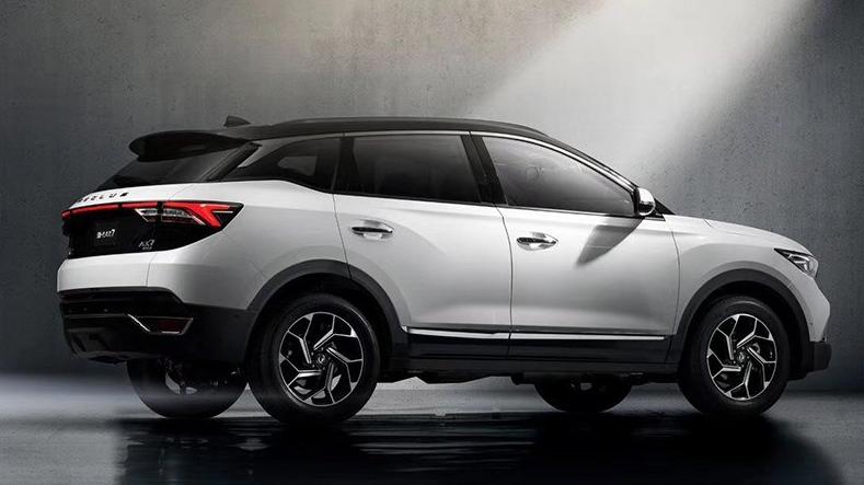 东风风神全新一代AX7将上市 预售价12.38万