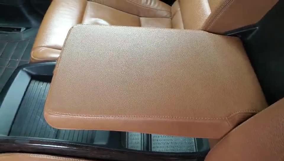 实拍:13款宝马X635i四座车型,后排平板扶手能放平