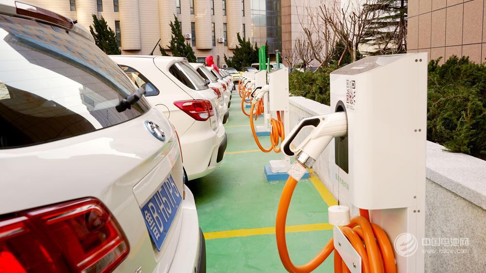 新能源车不能买?老车主说:冬天把车开出去就明白了