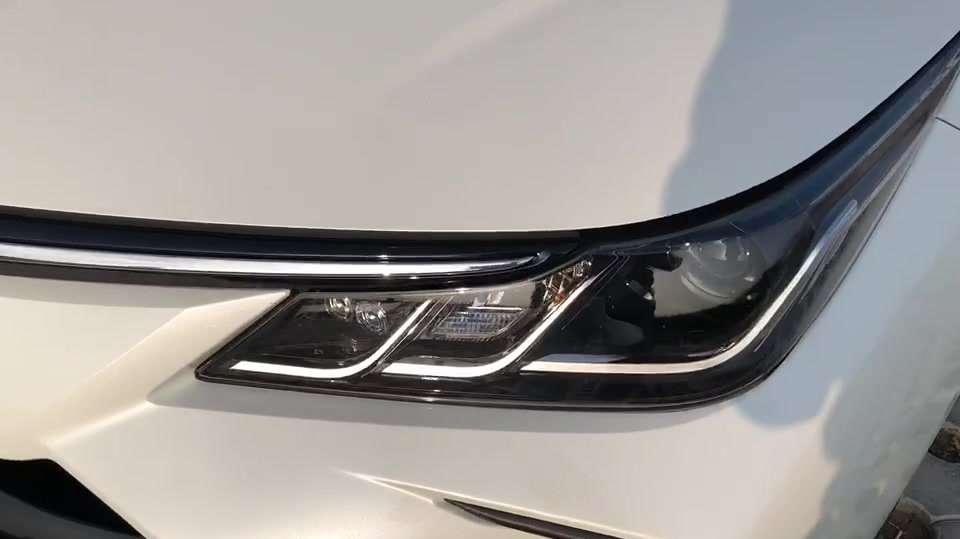 抢鲜看:全新一代丰田卡罗拉1.8L双擎版车灯设计