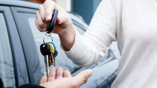 车借给别人出了事故,保险公司会怎么赔?这几点要搞明白了