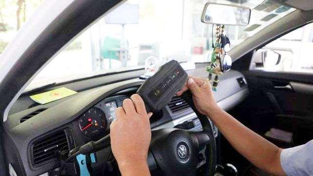 年检又增新项目,国三国四的车主要注意了,很多车年检不通过