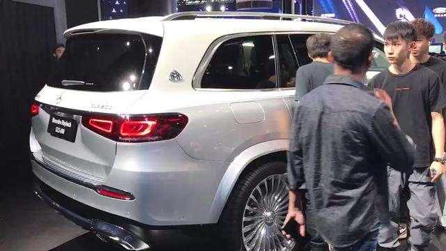 车展抢鲜看:奔驰迈巴赫,SUV车型百公里加速4.9秒