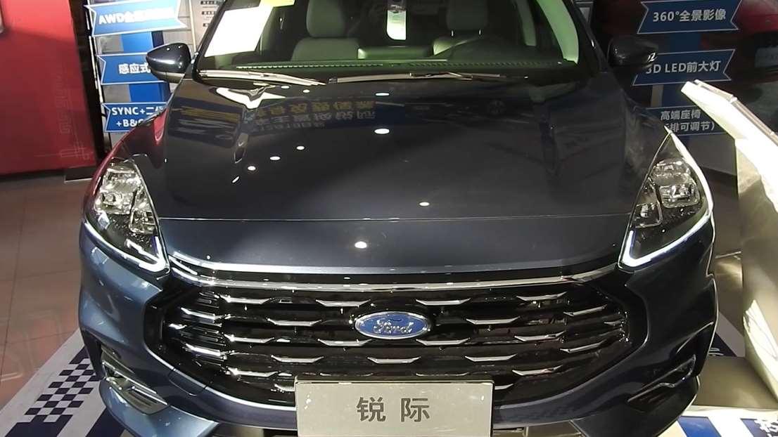 实拍福特全新SUV锐际!全新设计元素,保时捷版大灯,尺寸超同级