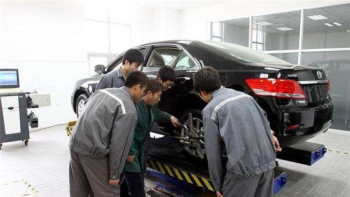 永远修不好的三大汽车故障,看完别修了,浪费钱